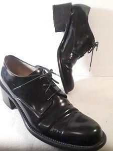 Adrienne Vittadini Oxford Chunky School Girl Heels